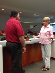 Cindy Lynch questions  Frank Adams. Photo by Burton Weast.