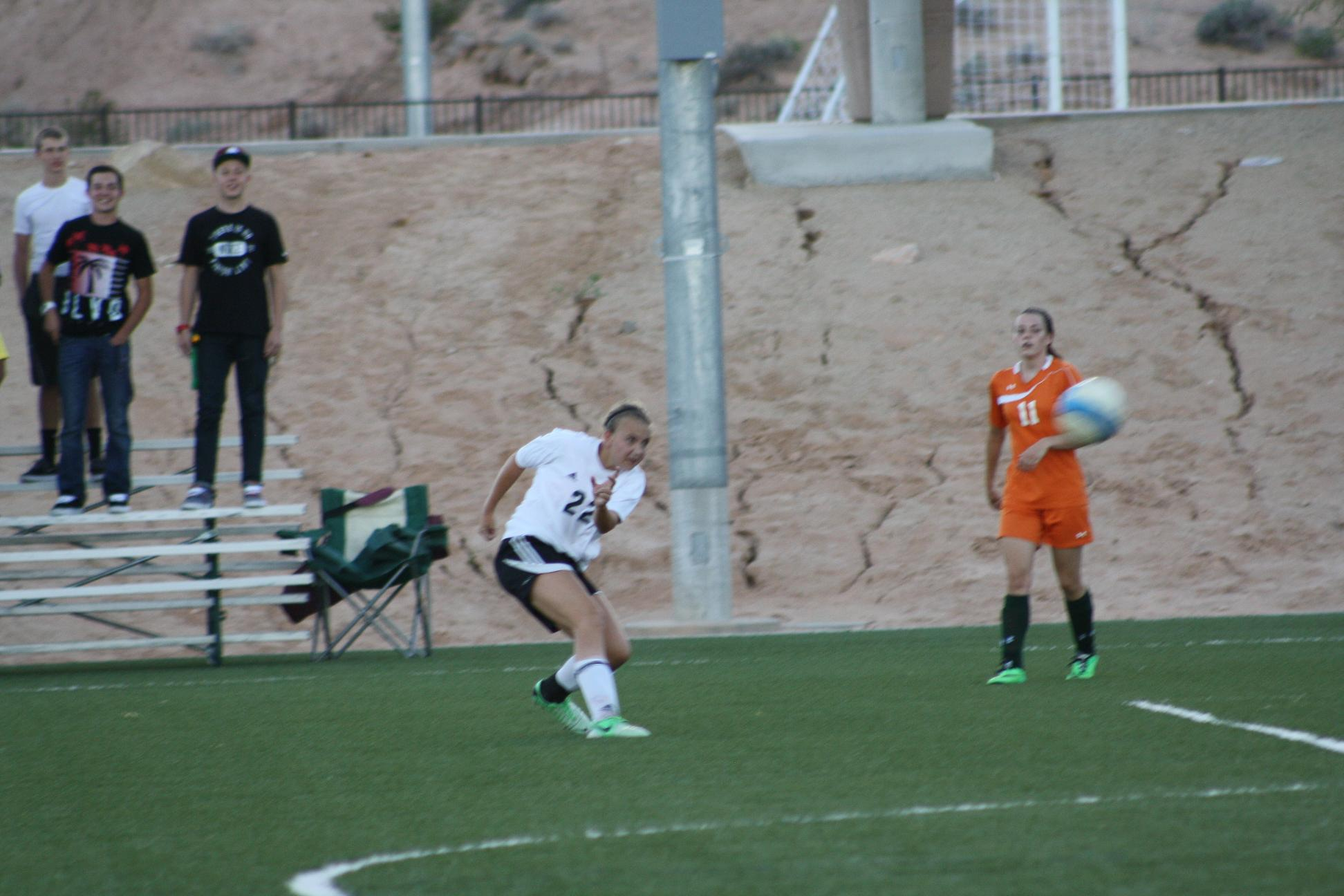 Barnum leads Bulldog soccer gals over Rattlers 5-0