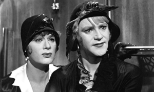 Tony Curtis (L) and Jack Lemmon in Some Like it Hot.