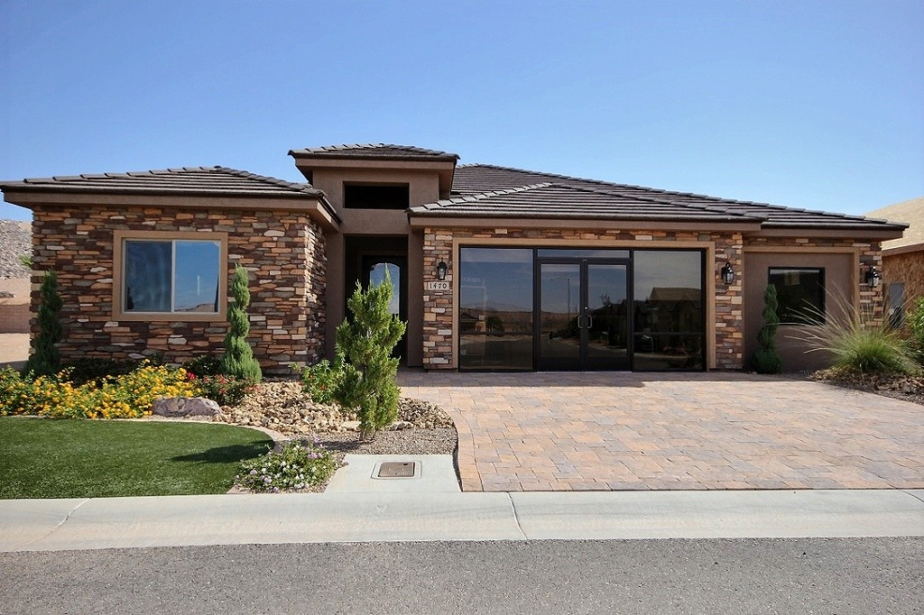 """""""Life at the Top of Mesquite"""" – Featured Real Estate Agent Pat Bekeris"""