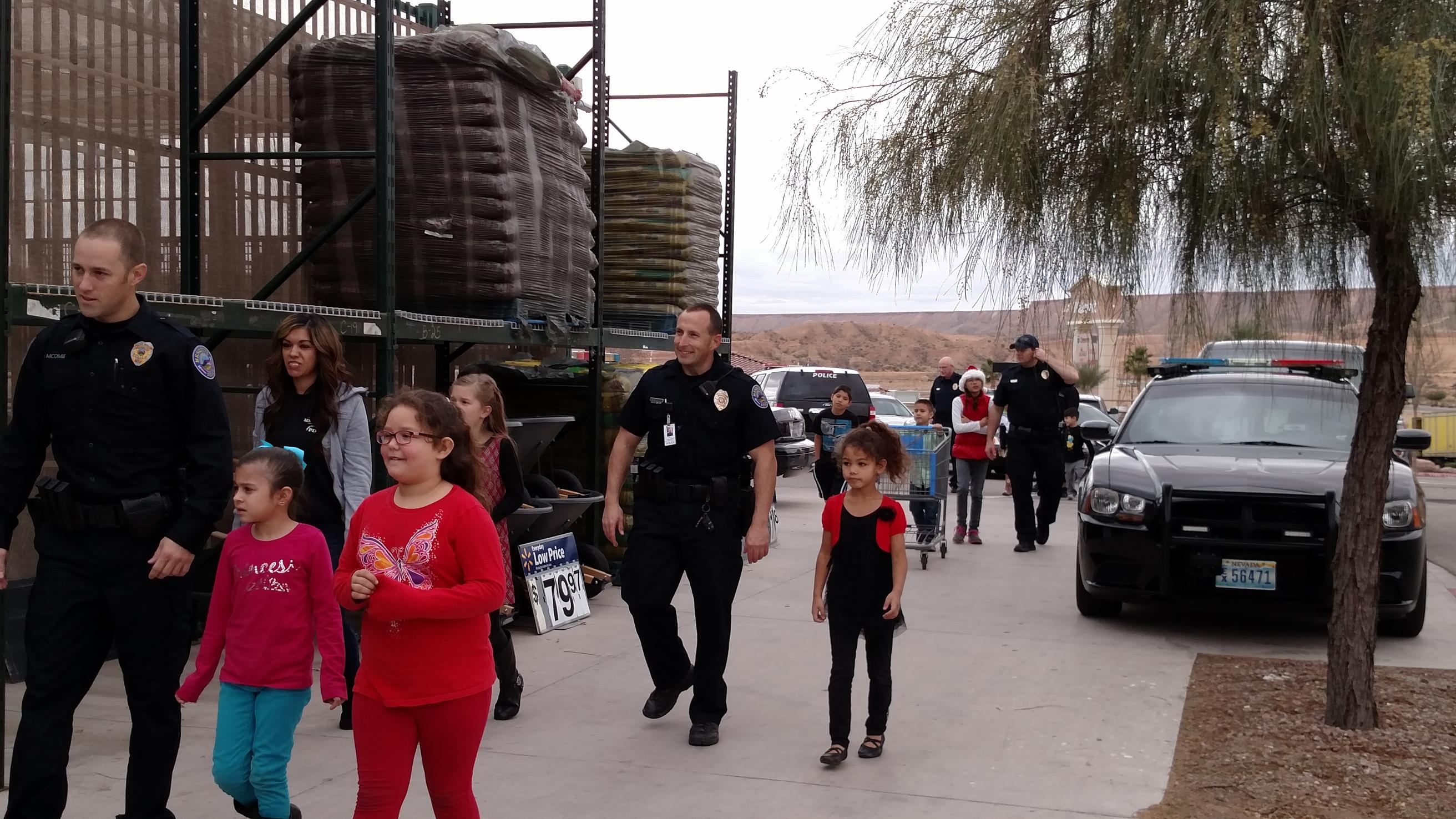 "Mesquite Police Announce ""Shop with a Cop"""