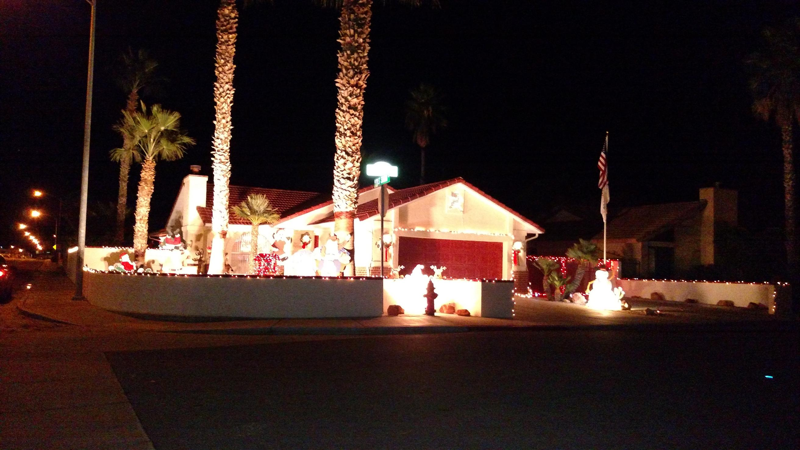 Featured Christmas Decorated Homes 2014
