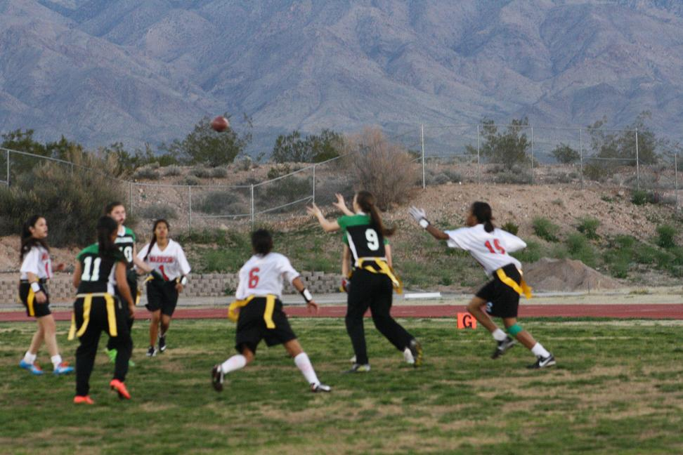 Gridiron Gals end season with wins over Chargers and Warriors