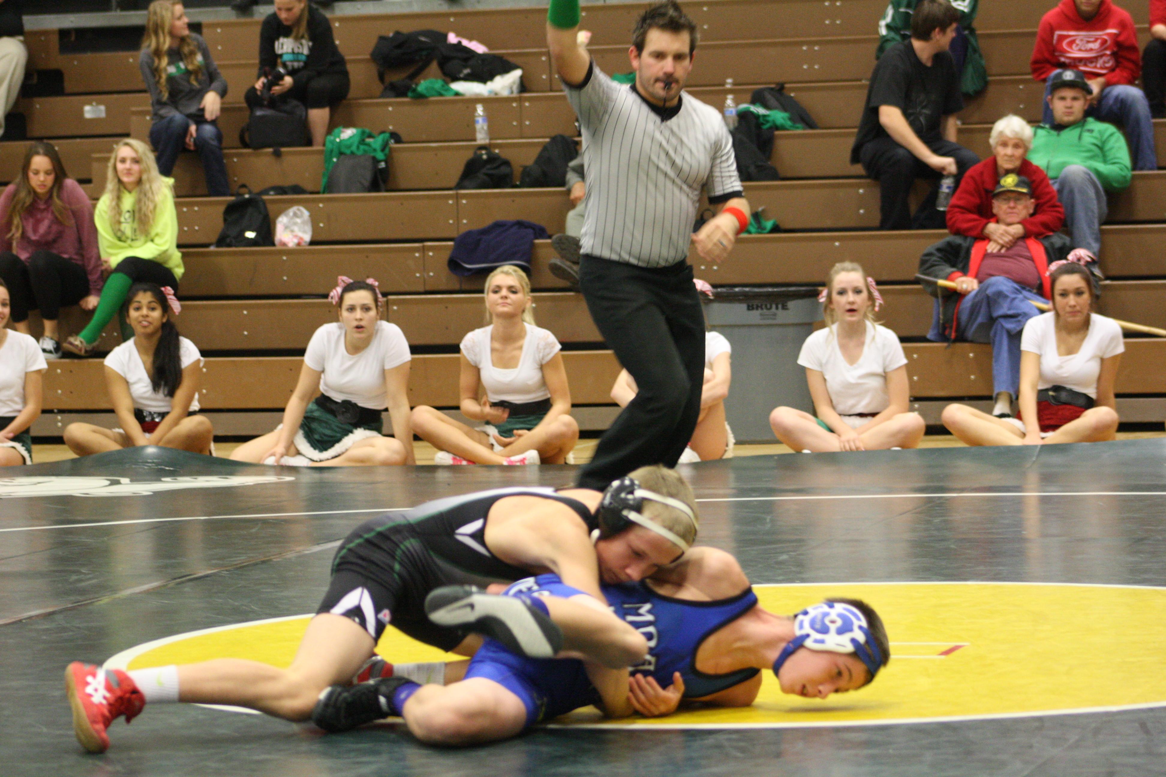 Bulldog wrestlers place third at NIAA State tournament