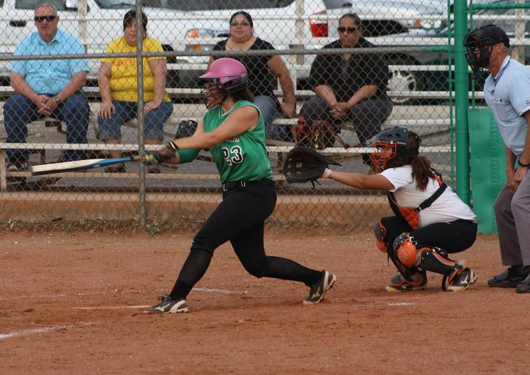Lady Dawg seventh inning rally defeats Panthers 6-5