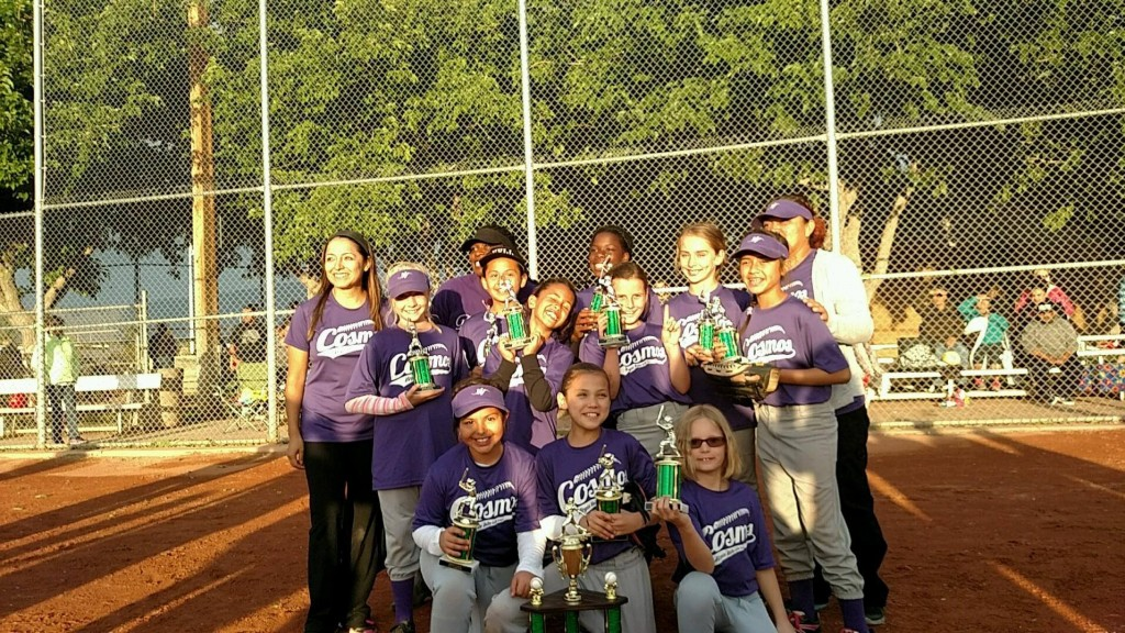 Cosmopolitan Dental, who defeated Falcon Ridge Car Wash and are the 2015 Virgin Valley Little League Minor Division Softball Champions. Photo courtesy of Abel Trujillo-Barboza/VVLL Facebook