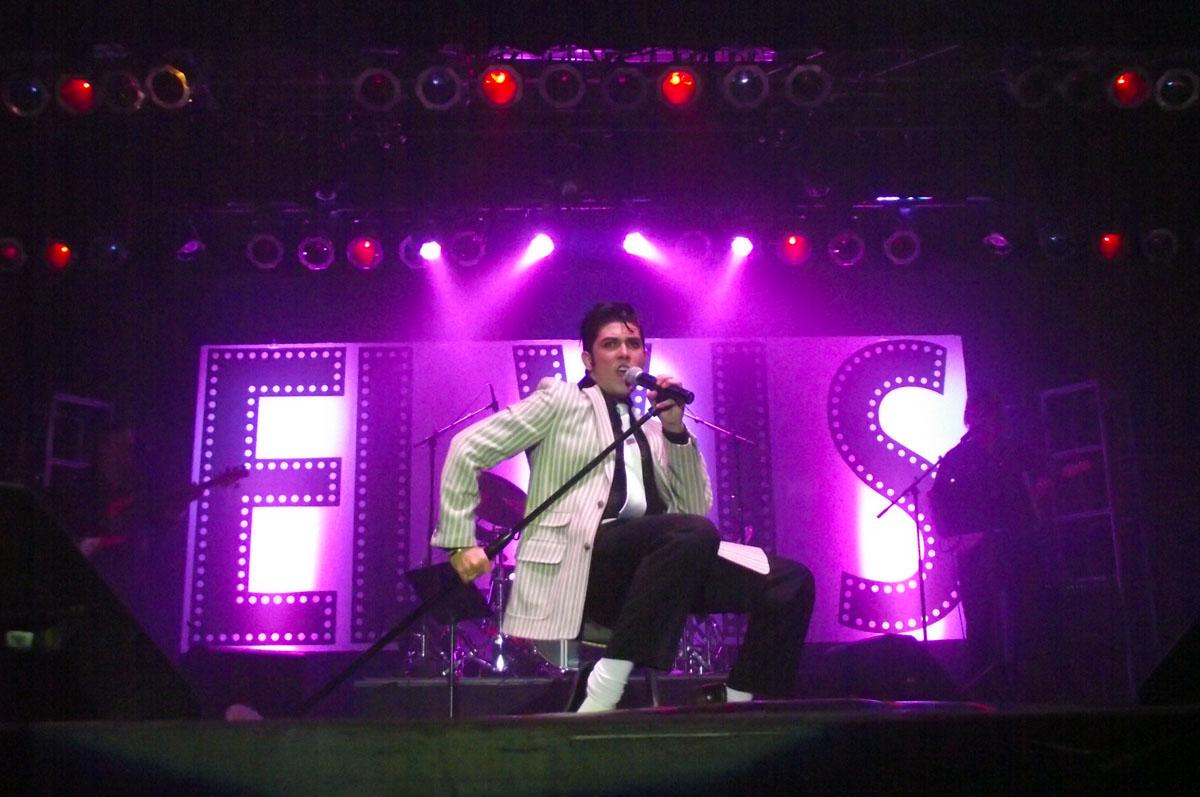 Elvis Rocks Mesquite competition begins