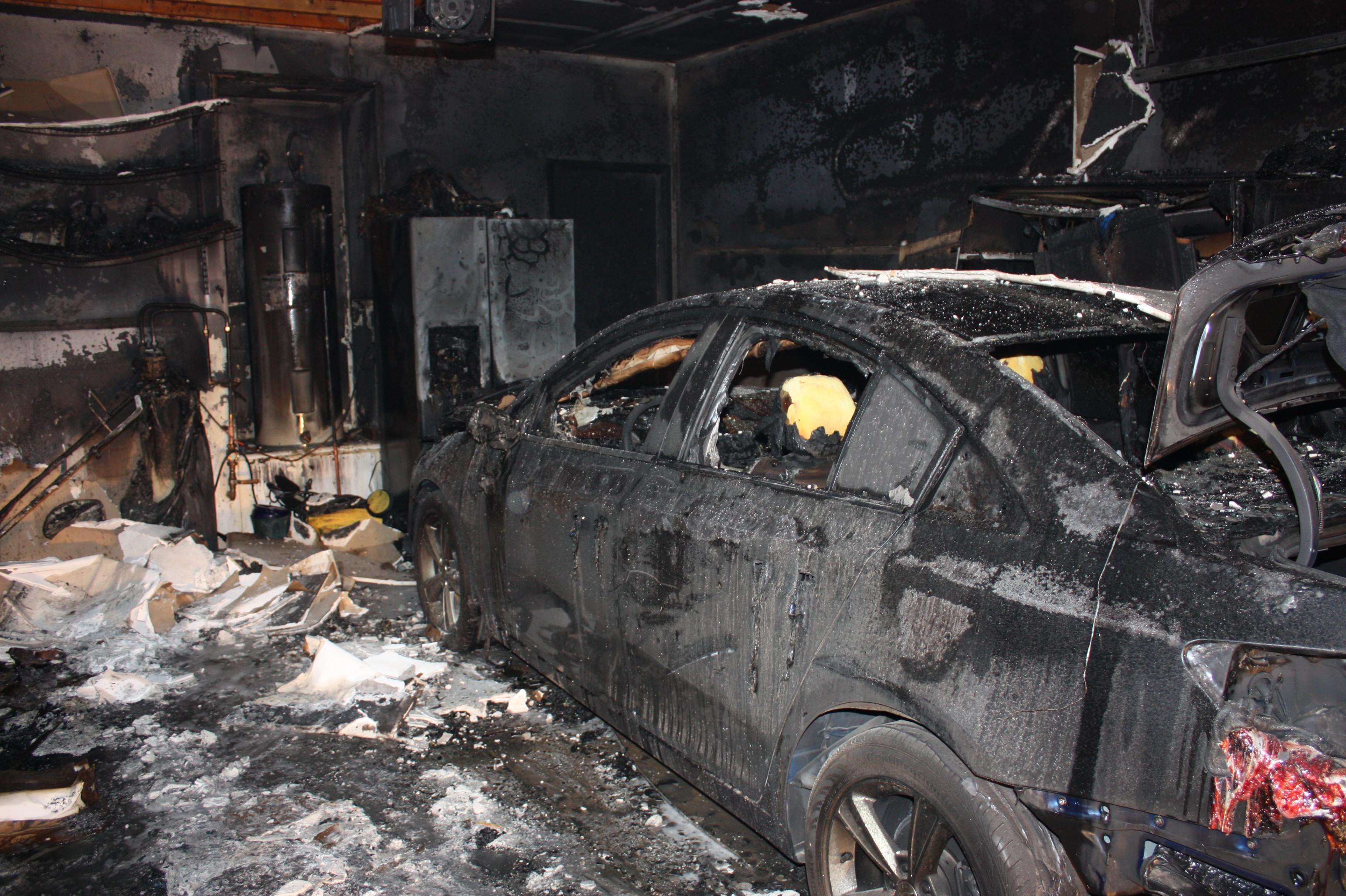 Saturday Evening Structure Fire Destroys Garage