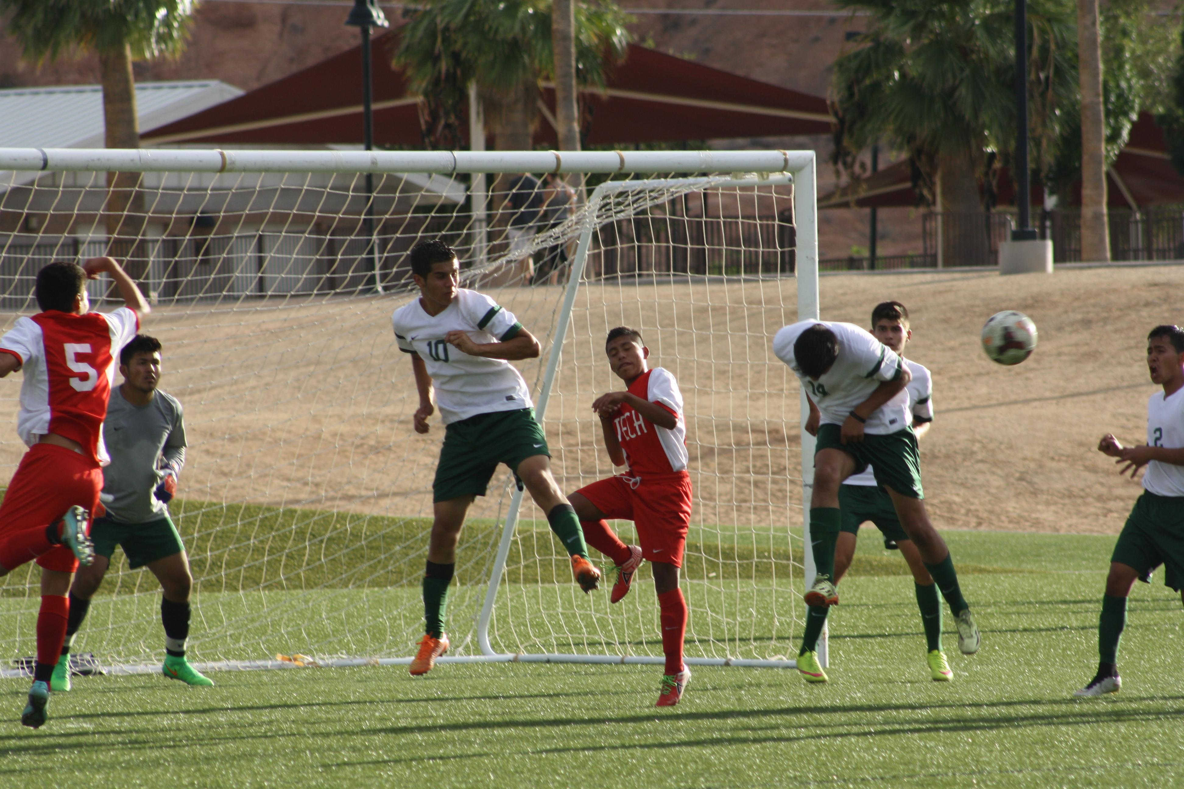 Bulldog soccer loses 3-0 as offense disappears