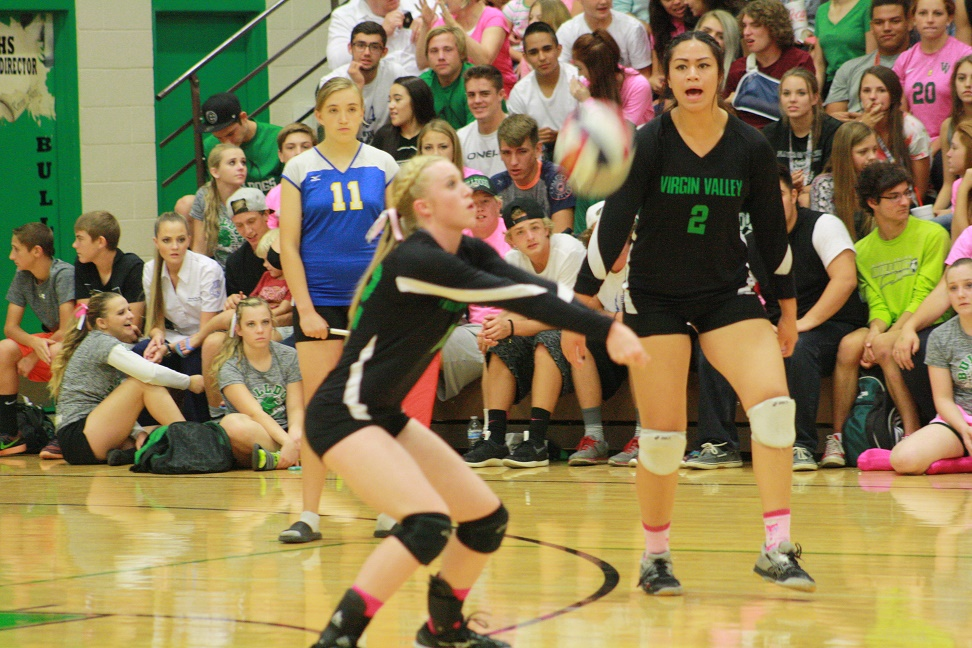 Lady Dawgs hold off Pirates for 3-2 win
