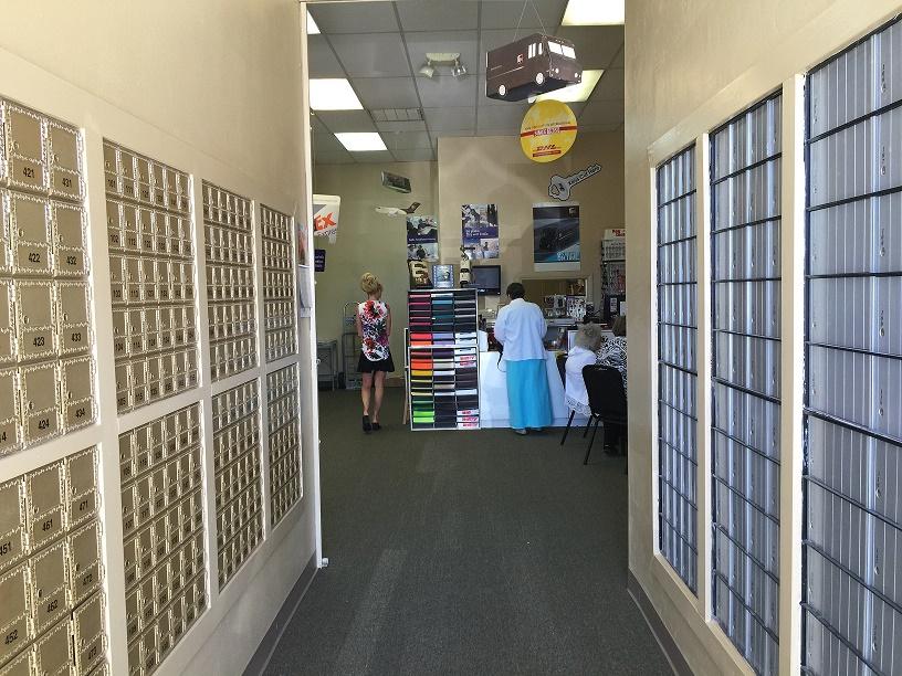 Featured House & Home: Checks n Mail