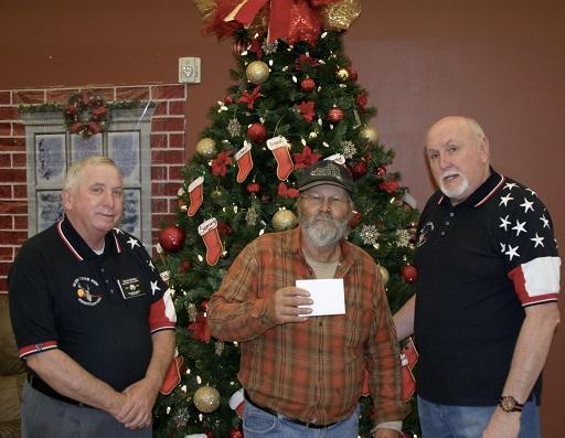 Mesquite Elks donate to Mesquite Senior Center & Salvation Army