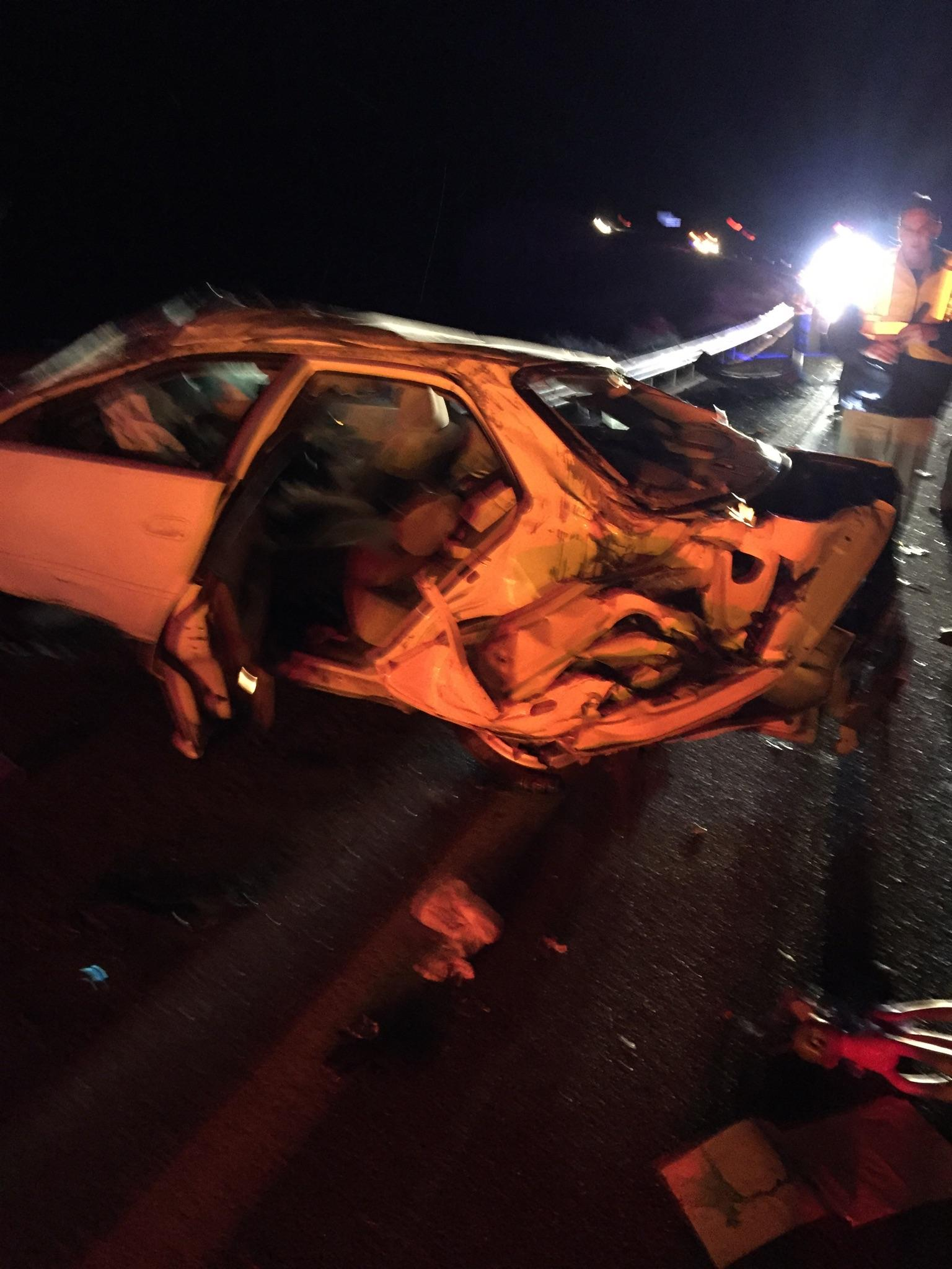 Rollover causes traffic delays