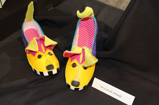 Shoe Contest Raises Money for Scholarships