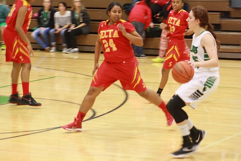 Lady Dawgs outrun Roadrunners 56-29
