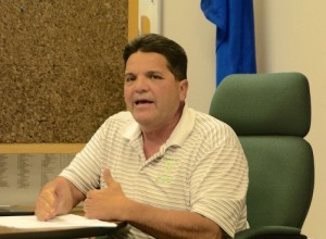Board member Bubba Smith accuses VVWD manager of lying.