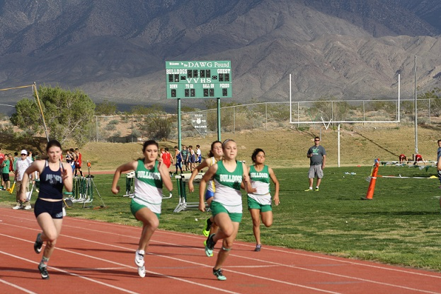 Bulldog Track Ladies place third in Early Bird Invitational