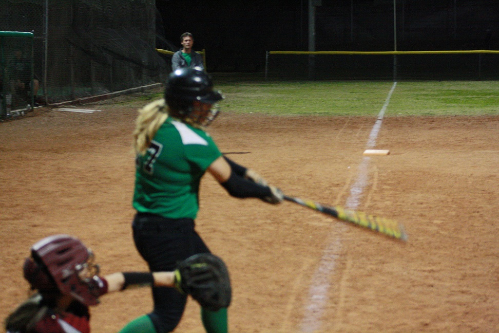 Lady Bulldogs Open 1-A League play defeat Roadrunners 4-3
