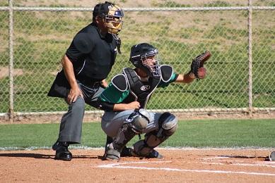 Fuqua leads Bulldog baseball team over Pirates 5-3