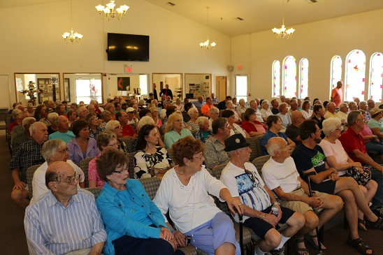 Contentious crowd hears RV Park proposal
