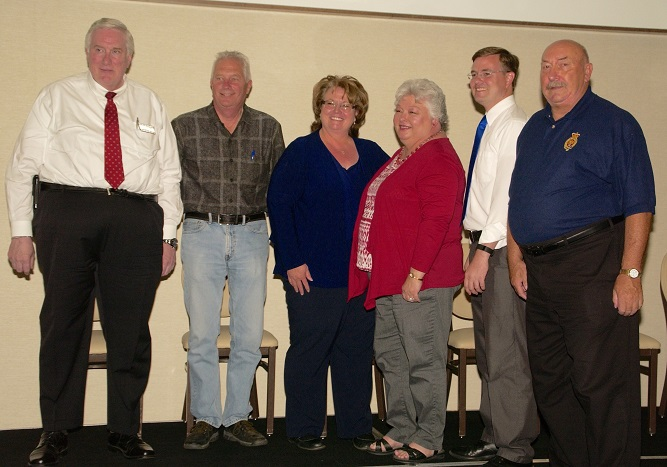 CANDIDATE FORUM HIGHLIGHTS DIFFERENCES