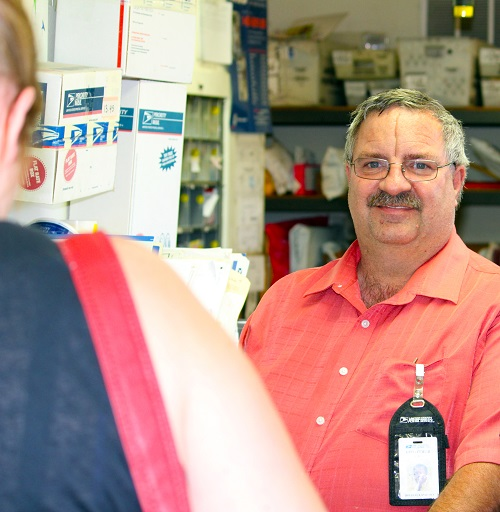 Littlefield, Arizona Postmaster named Postmaster of the Year