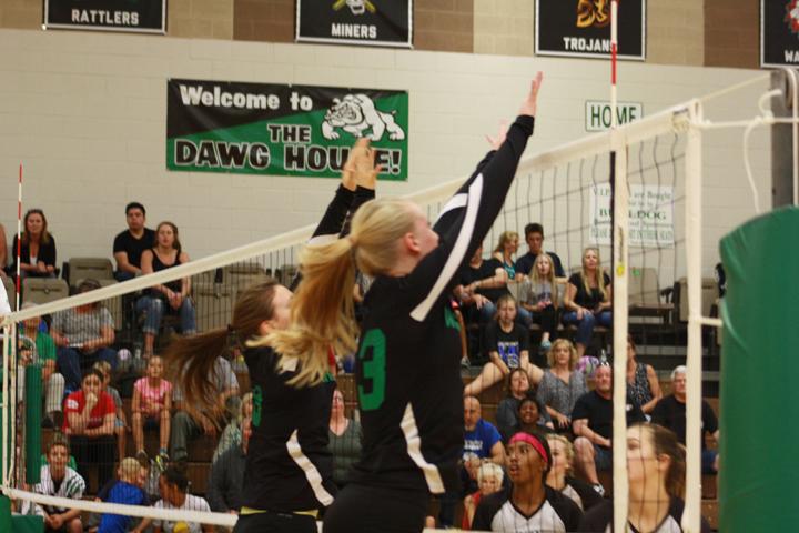 Bulldog volleyball team goes 6-3 at Boulder City Invitational
