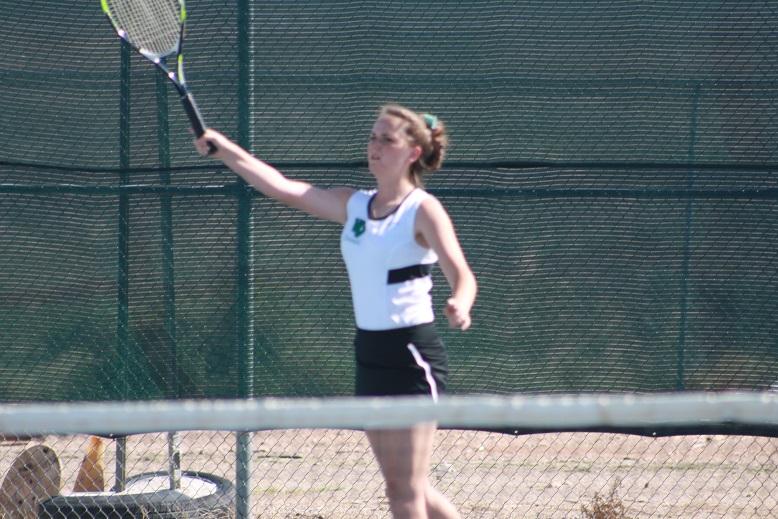 Bulldog tennis teams win easily over Cowboys