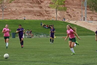 Barnum leads Bulldog soccer gals over Eagles and Miners