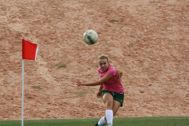 Barnum leads Bulldog soccer gals to 4-2 playoff win over Miners