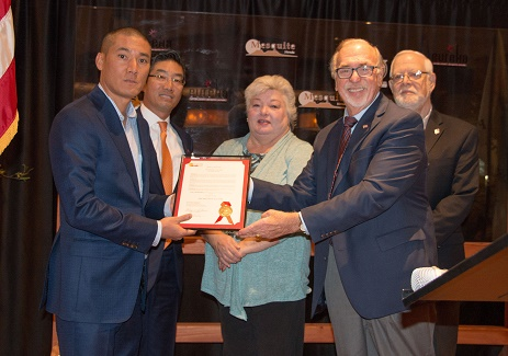 Lee Family honored at Rising Star Grand opening