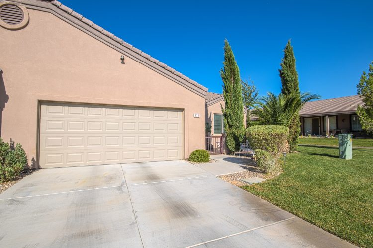 Beautiful Townhome in Coyote Willows!