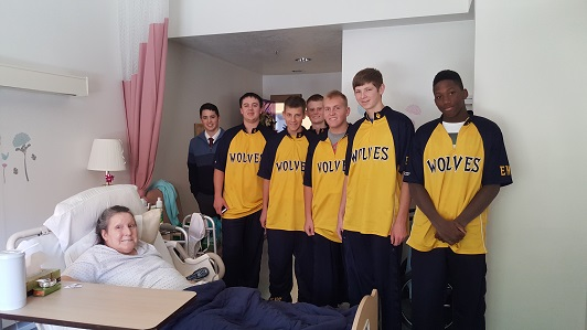 Basketball players spread Christmas Cheer