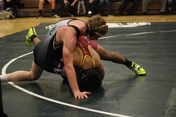 Wrestlers 'Bulldog' Del Sol 60-16