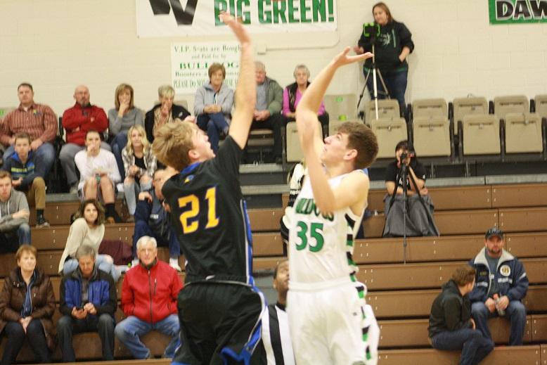 Bulldogs hold off scrappy Panthers 42-33