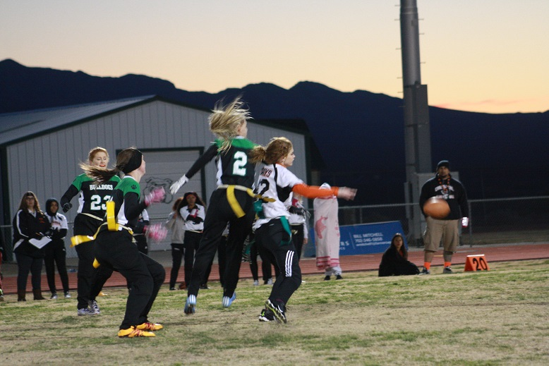 Gridiron Gals crush Cowboys 40-6