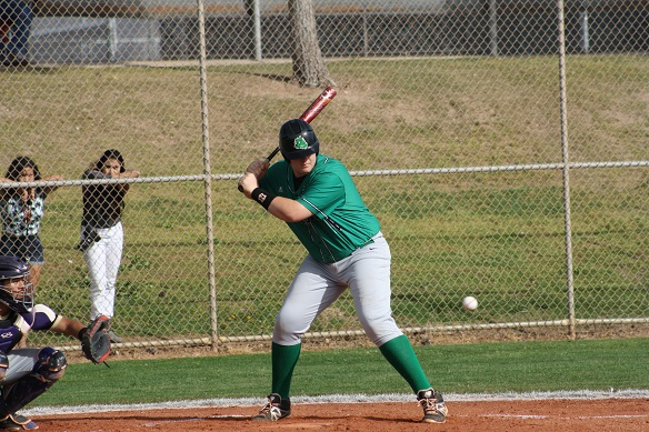 Bulldog baseball team crushes Miners 9-4