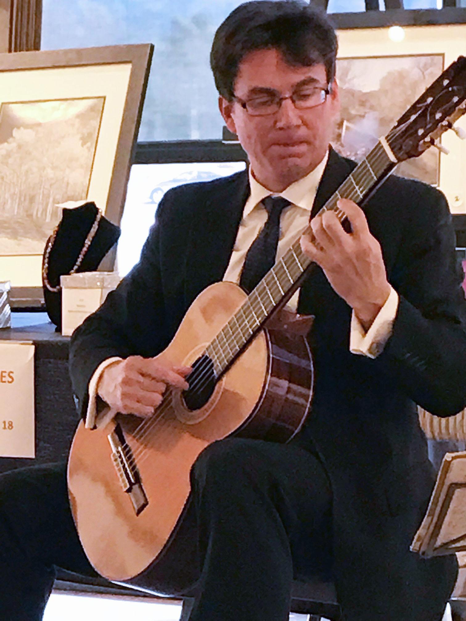 Guitarist Peter Fletcher returns to Mesquite
