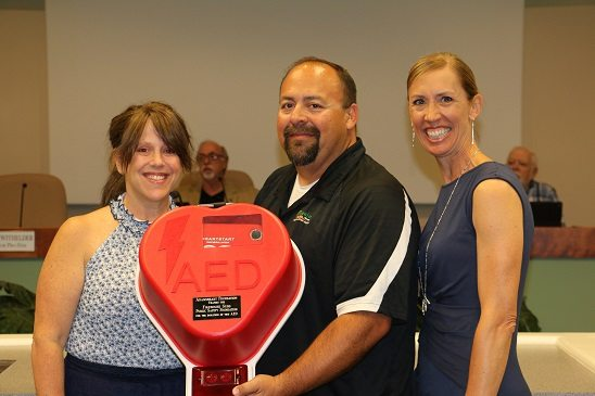 Gifts and proclamations dominate council meeting