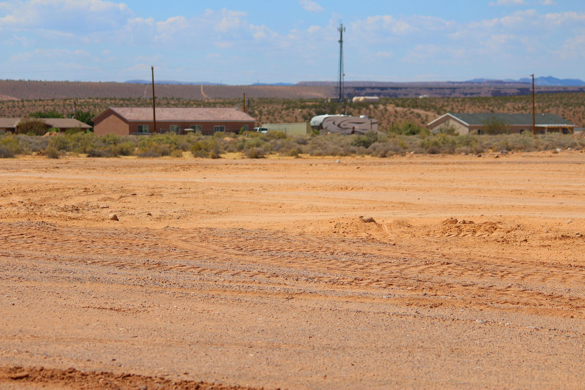 Desert Spring residents request rezoning