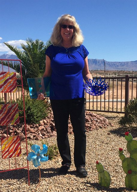 PAM JACOBSON-Artist of the Month