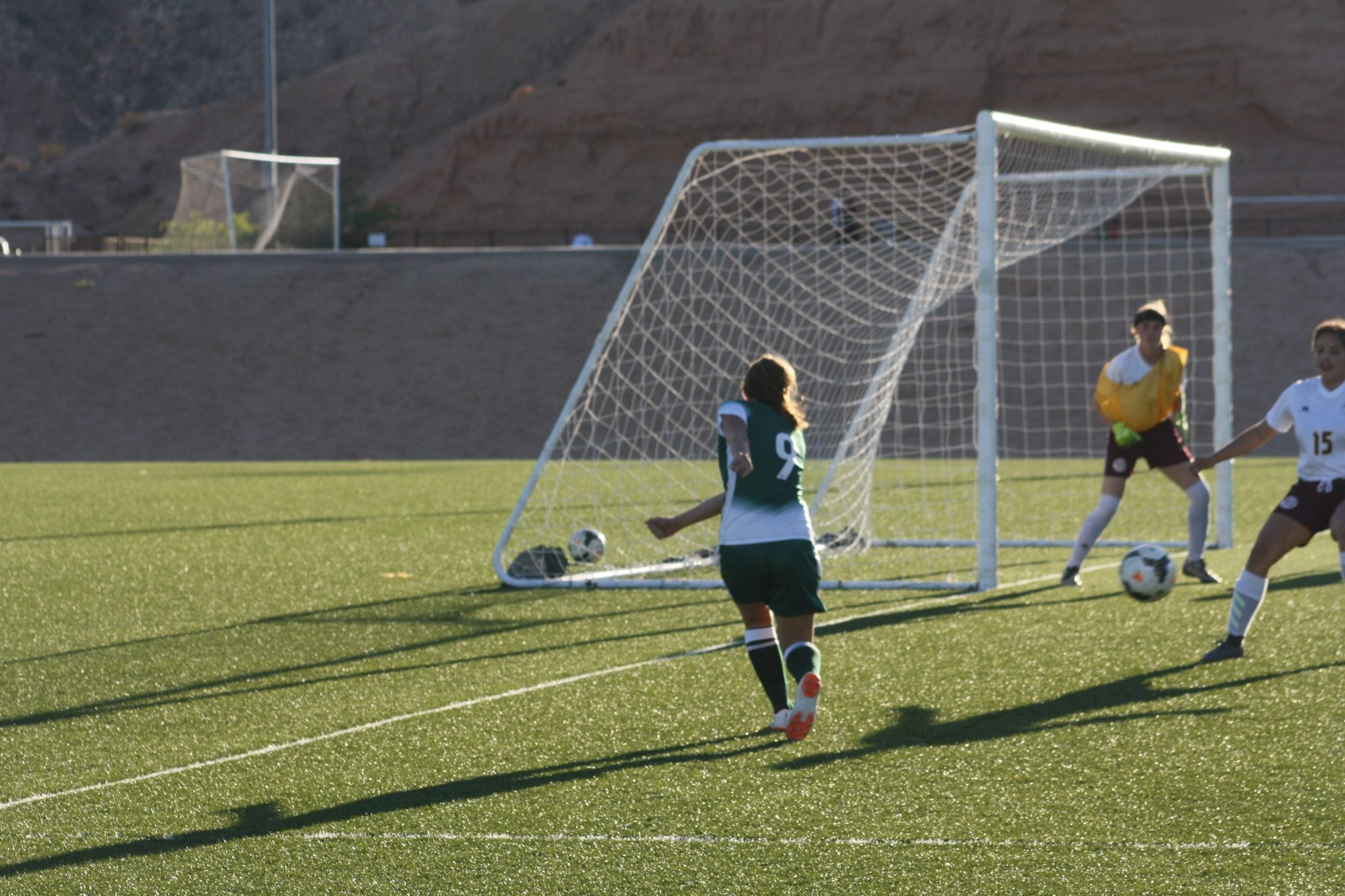 Lady Bulldogs open season with win over Trojans