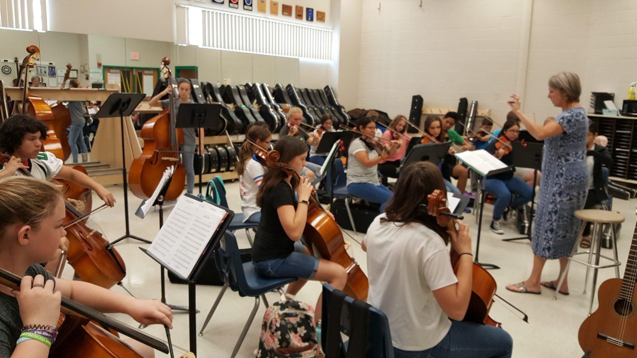 "VVHS Musicians Tune Up for September 18 ""Bella Notte"""