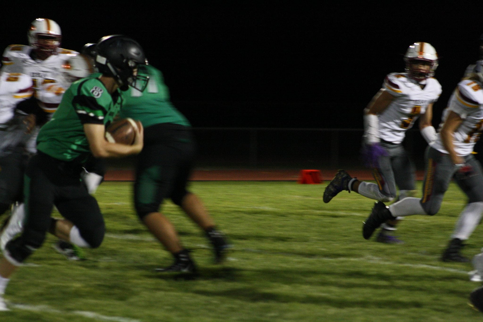 Hollingshead leads Bulldogs to 35-0 defeat of Rams