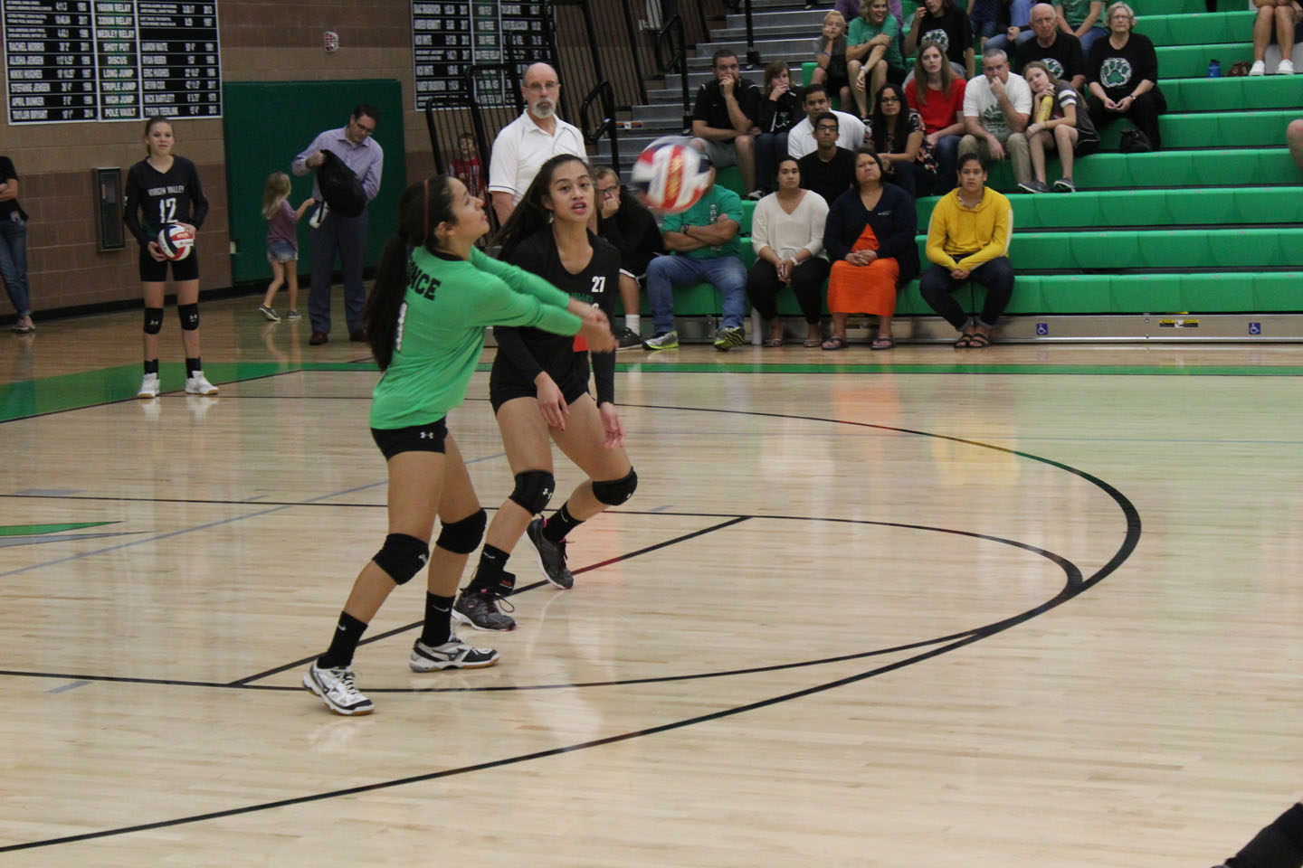 Lady Bulldogs defeat Sunrise in five games