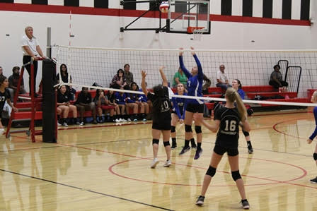 Lady D-Backs sweep Indian Springs
